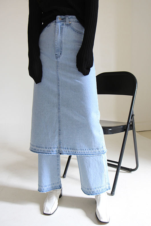 [STEADY SELLER] UNIQUE SKIRT DENIM