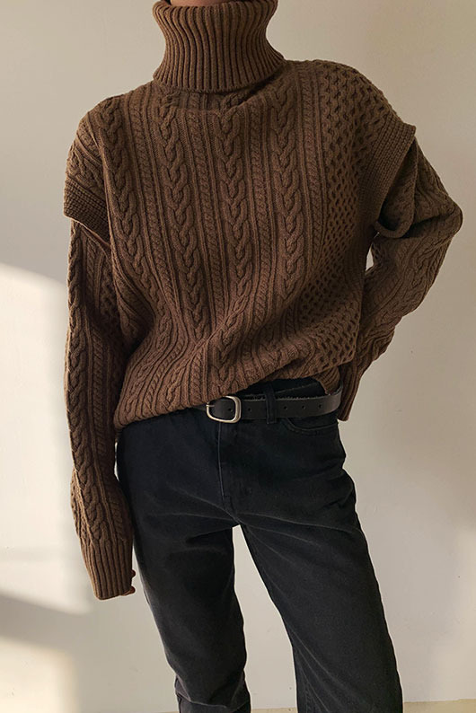 USEFUL TWISTED KNIT
